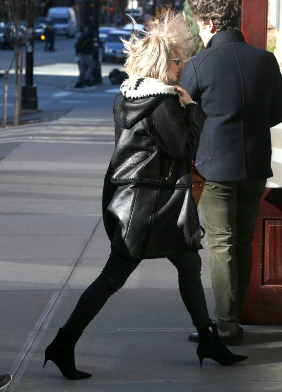 Jennifer Lawrence jak Angelina Jolie