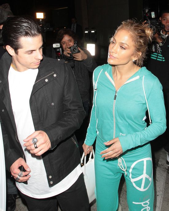 Jennifer Lopez na randkę wybrała się w dresie (FOTO)