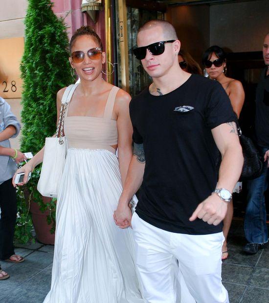 Jennifer Lopez tuli Caspera Smarta (FOTO)