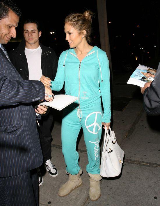 Jennifer Lopez na randk� wybra�a si� w dresie (FOTO)