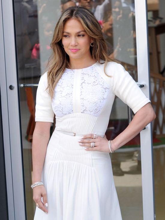 Jennifer Lopez chce dosyać za powrót do Idola za 20 milionów
