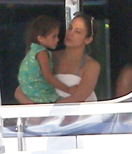 Jennifer Lopez na jachcie z rodziną (FOTO)
