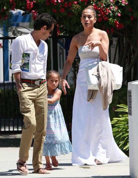 Jennifer Lopez chce zmieni� nazwisko