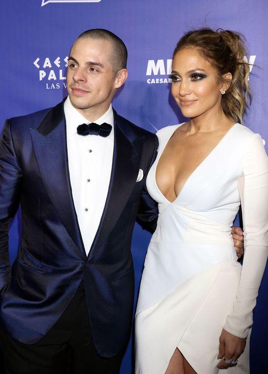 Jennifer Lopez zdradza szczeg�y seksu z Casperem Smartem!