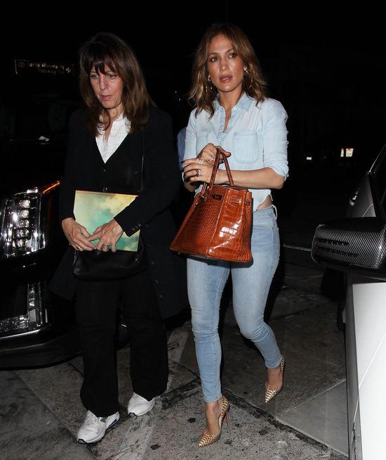 Jennifer Lopez popełnia ten błąd nie tylko na salonach