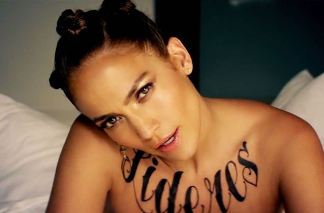 Jennifer Lopez w teledysku Follow The Leader (VIDEO)
