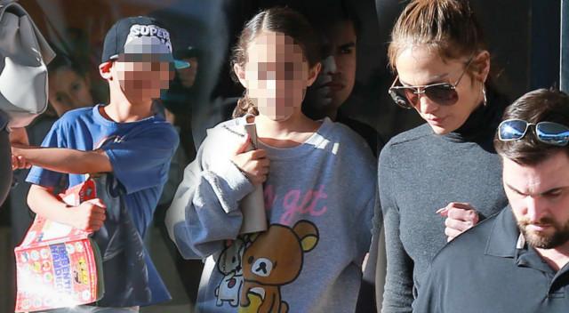Jennifer Lopez z Emme i Maxem na zakupach (ZDJĘCIA)