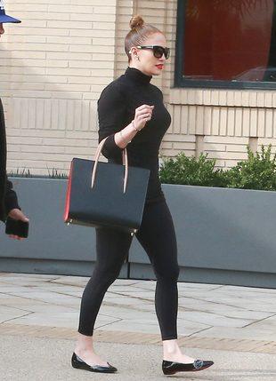 Poznajecie jedną z najgorętszych gwiazd Hollywood? (FOTO)