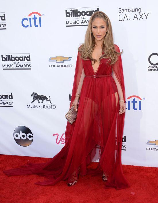 Jennifer Lopez i była Westa w podobnych kreacjach (FOTO)
