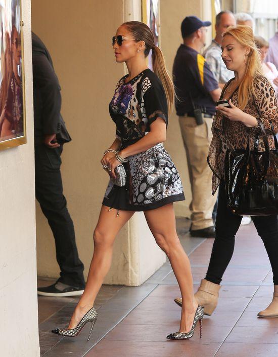 Jennifer Lopez wciąż zachwyca w bikini (FOTO)