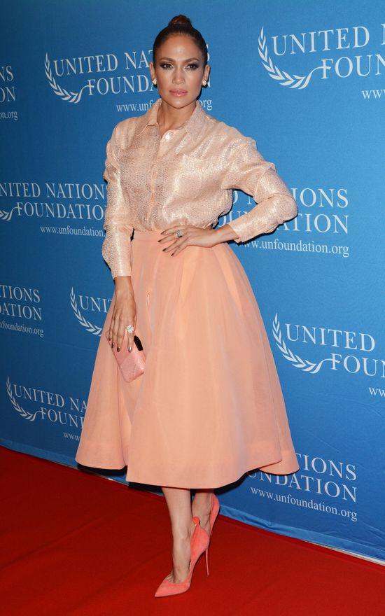 Jennifer Lopez jak laleczka? (FOTO)