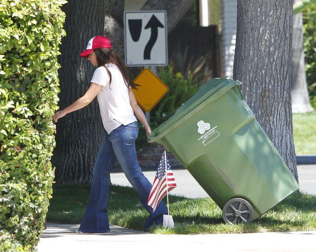 Jennifer Love Hewitt ma poranki jak każdy z nas (FOTO)