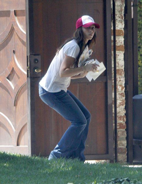 Jennifer Love Hewitt ma poranki jak ka�dy z nas (FOTO)