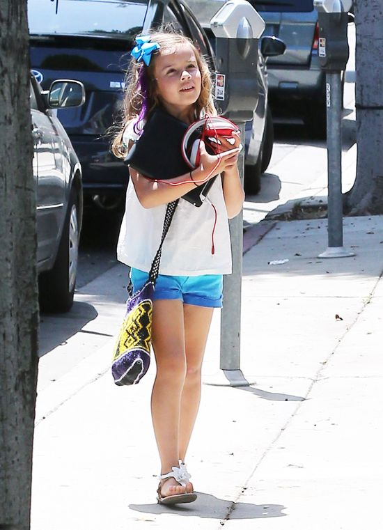 Jessica Alba zabrała córkę na pedicure (FOTO)