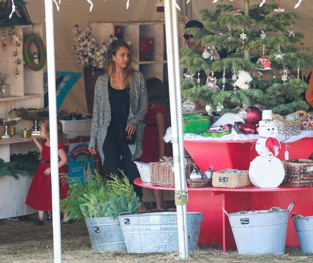 Rodzina Jessiki Alby odwiedziła świętego Mikołaja (FOTO)