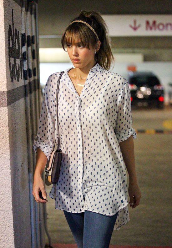 Jessica Alba: Mam rozstepy i cellulitis (FOTO)