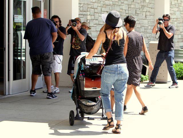 Jessica Alba ma r�ce pe�ne roboty (FOTO)