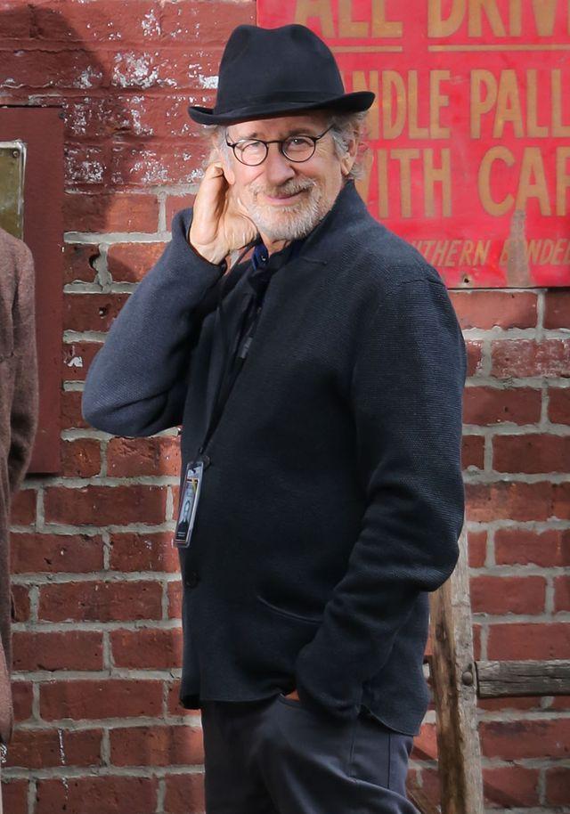 Siostrzenica Spielberga odpad�a w eliminacjach do The Voice