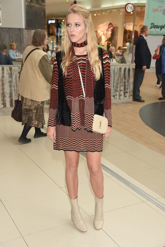 Jessica Mercedes kupiła modne buty za 600 złotych (Instagram)