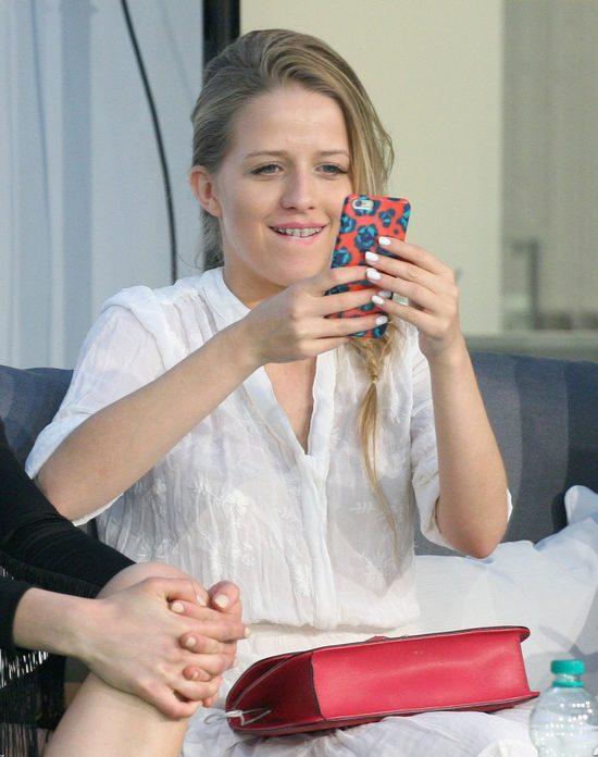 Jessica Mercedes w nowej sesji wygląda jak Anja Rubik?
