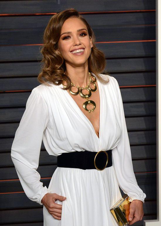 Oscary 2016: Jessica Alba wygl�da�a uroczo w tej sukni