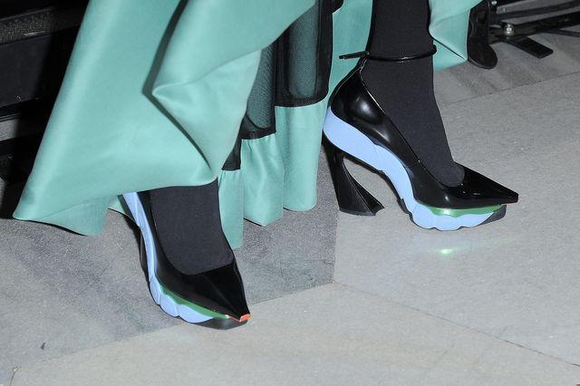 Tylko buty i torebka kosztowały 10 tysięcy złotych (FOTO)