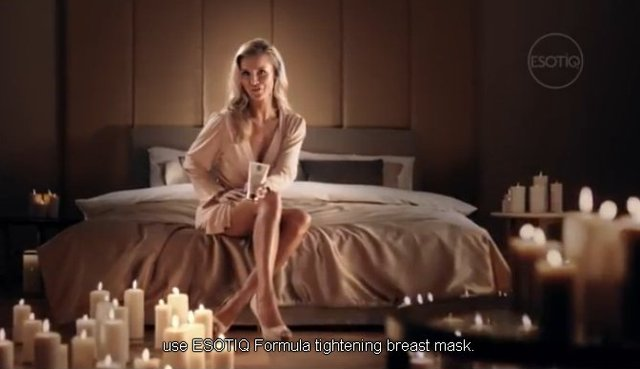 Zobaczcie Krupę w reklamie kremu do podnoszenia BIUSTU