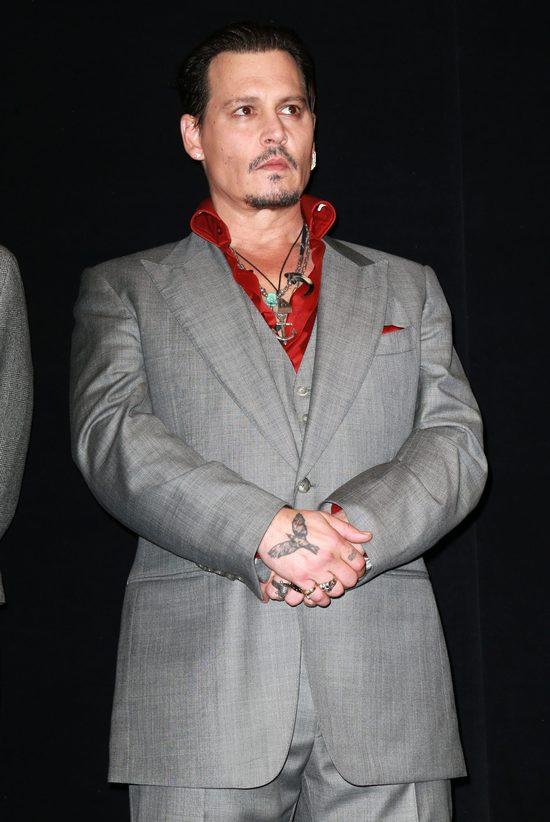 Johnny Depp martwi się o córkę