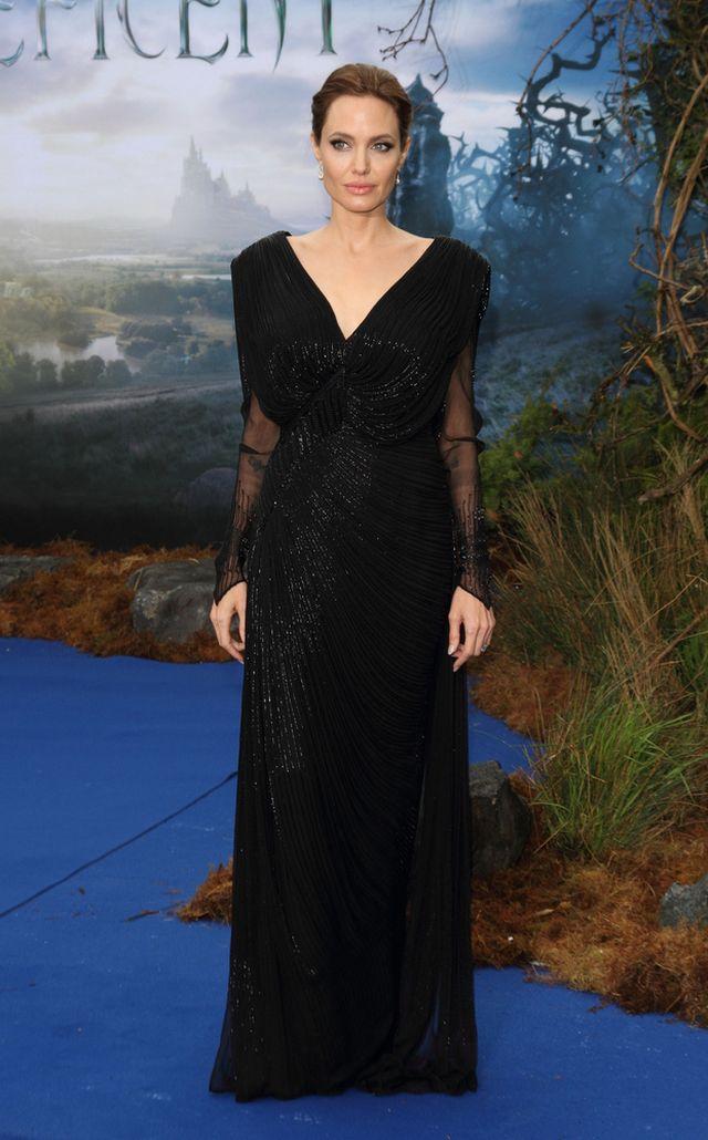 Zgaduj zgadula - czy to prawdziwa Jolie, czy jej woskowa fig