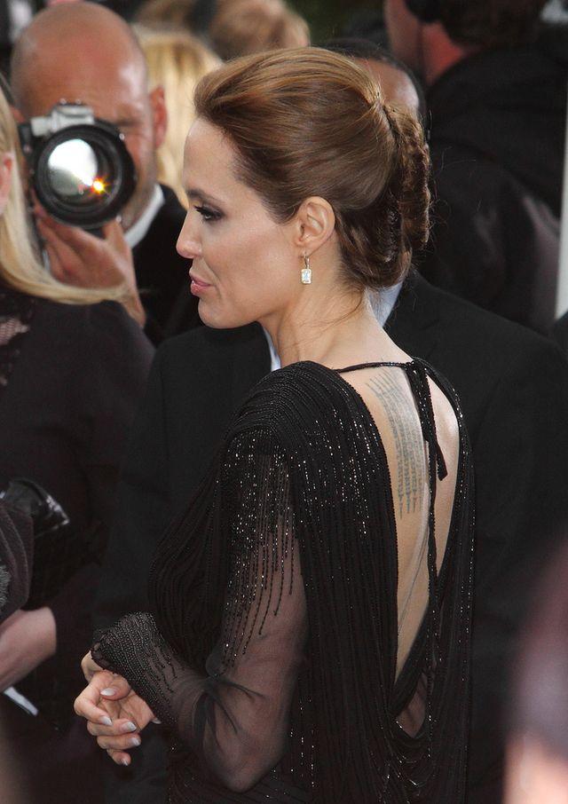 Zgaduj zgadula - czy to Jolie, czy jej woskowa figura? (FOTO