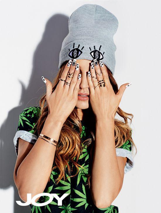 Piękna Marina Łuczenko w najnowszym wydaniu JOY'a (FOTO)