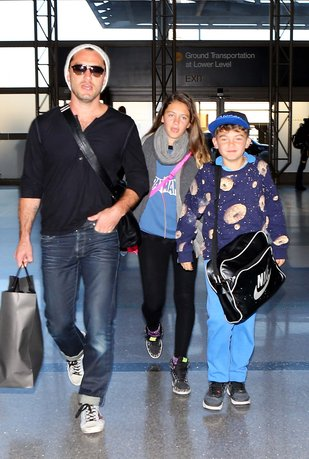 Jude Law tym razem w roli taty (FOTO)