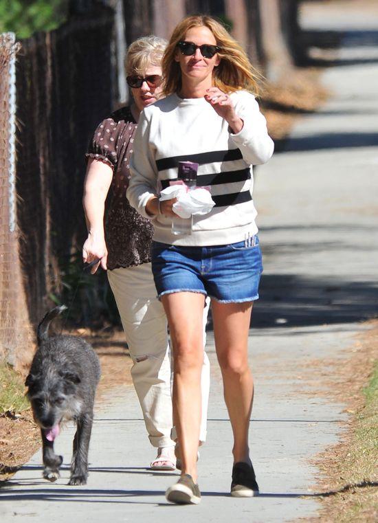 Julia Roberts w szortach już nie zachwyca? (FOTO)