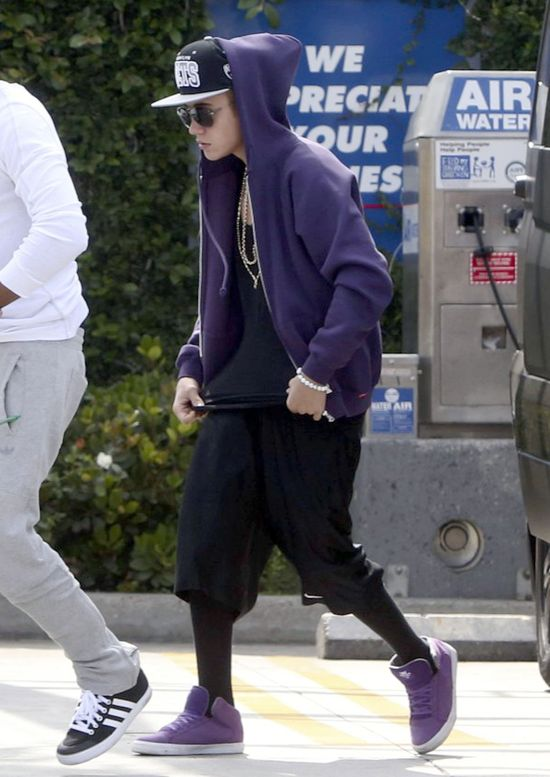Justin Bieber, prezerwatywy, lubrykant i żeliki