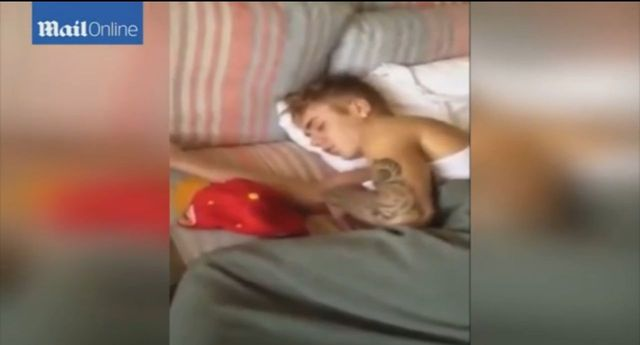 Justin Bieber si� z ni� przespa�, a potem ona... (VIDEO)
