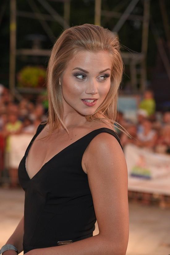 Agnieszka Kaczorowska lubi czuć się gwiazdą (FOTO)