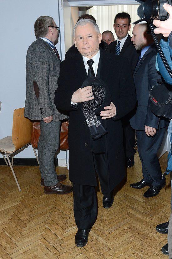 Jaros�aw Kaczy�ski trafi� do szpitala