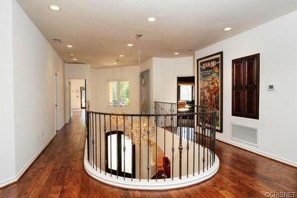 Chcecie zobaczyć dom Kaley Cuoco? (FOTO)