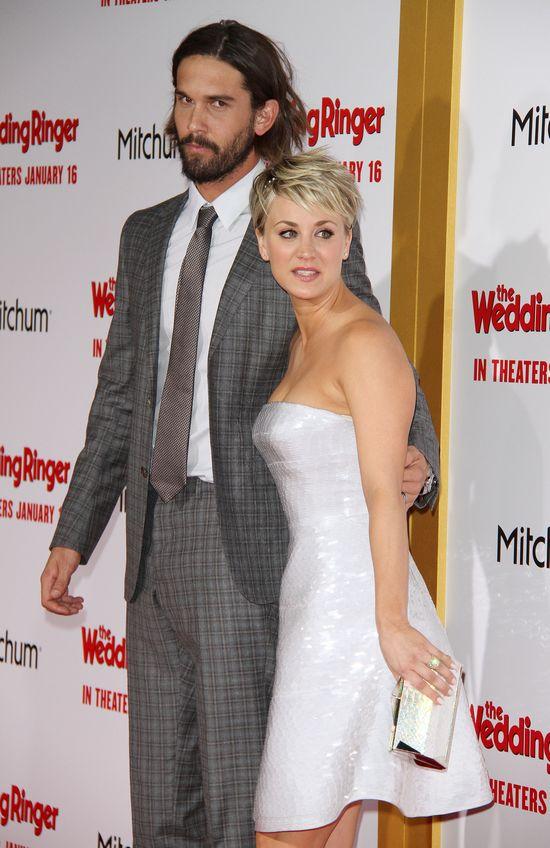 Dlaczego Kaley Cuoco rozwodzi się z mężem?