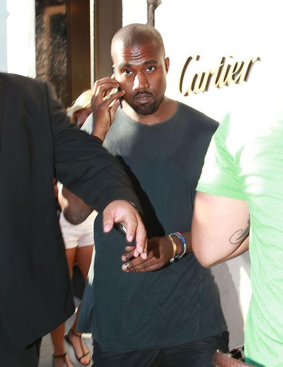 Kanye West szykuje się do ślubu? (FOTO)