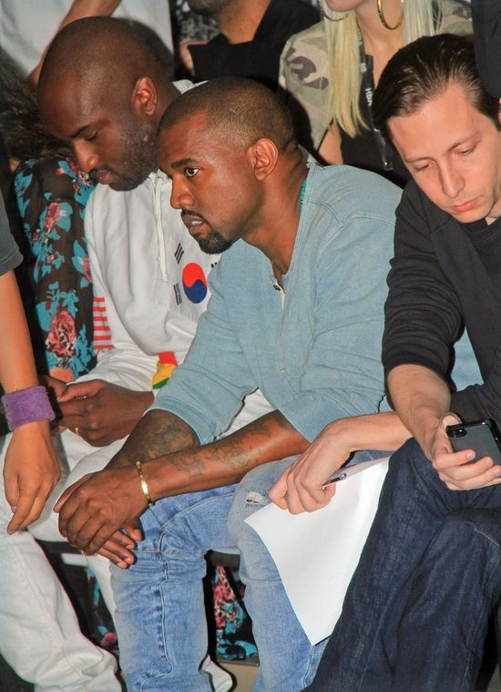 Kanye West pojechał SAM na NY Fashion Week (FOTO)