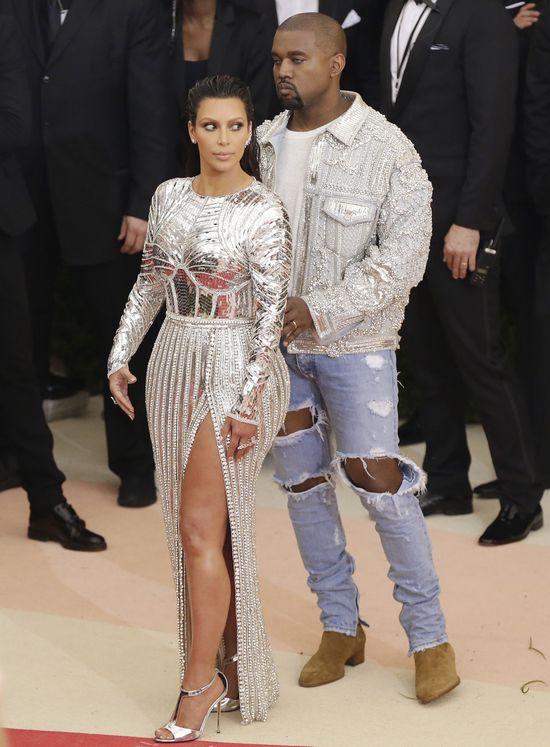 Kanye oszalał, gdy zobaczył TĘ kobietę. Kim nigdy nie była tak zazdrosna