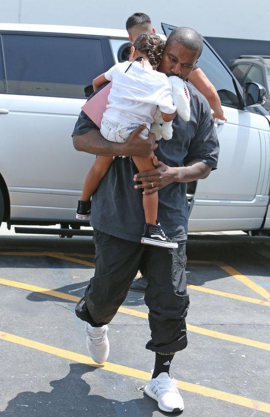 Kanye West walczy o tytuł najseksowniejszego tatusia w Hollywood?