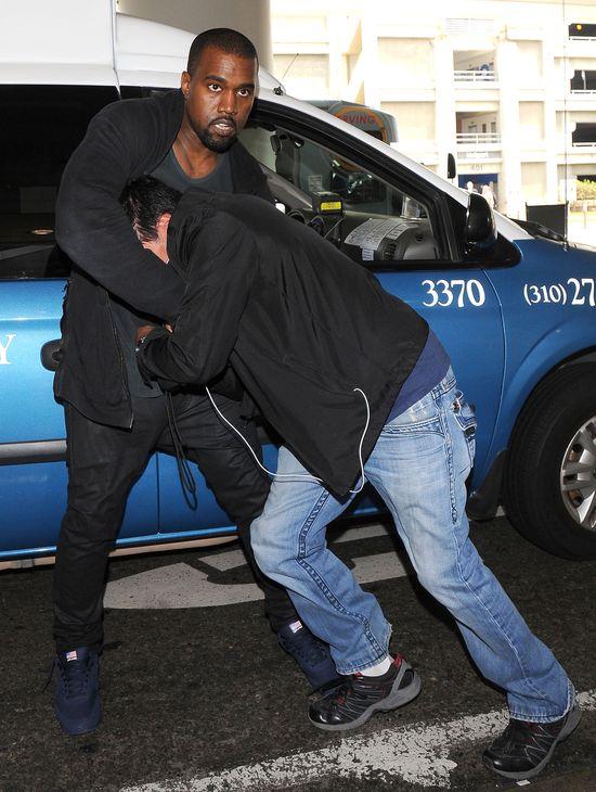 Paparazzo wzbogaci się na pobiciu przez Kanye Westa?