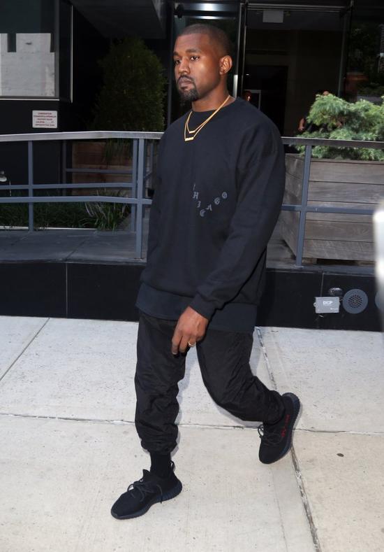 SKANDAL na pokazie kolekcji Kanye Westa! (Twitter)