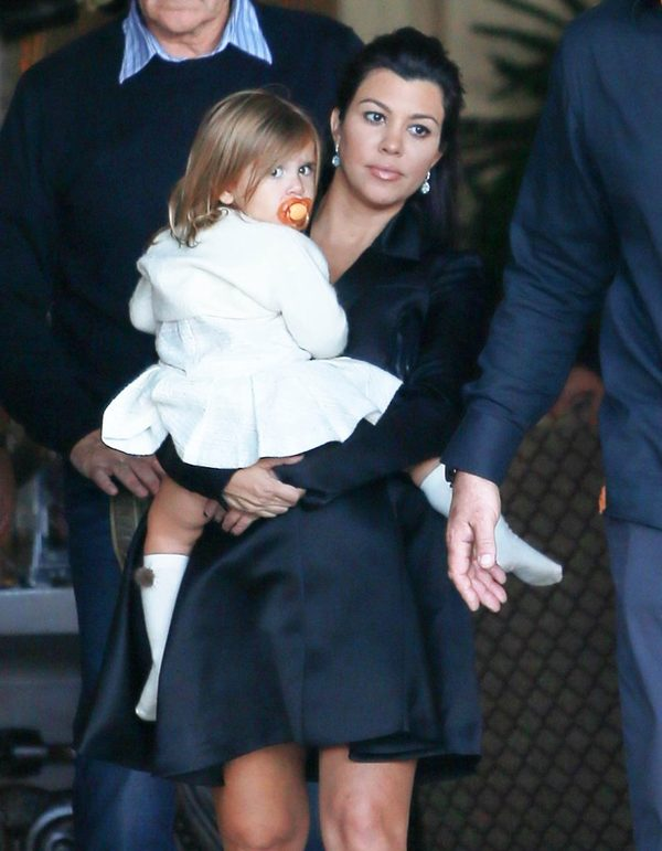 Kourtney Kardashian też pochwaliła się zdjęciem córki FOTO
