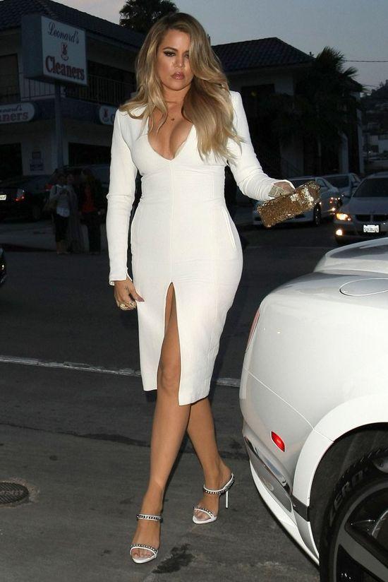 Kardashianki na obiedzie niczym na czerwonym dywanie (FOTO)