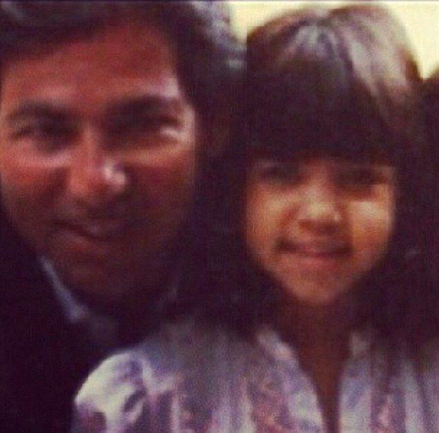 Kardashianki zastęskniły za ojcem i postanowiły... (FOTO)