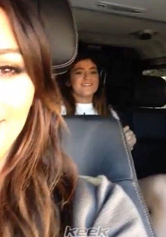 Jak śpiewają siostry Kardashian? (VIDEO)