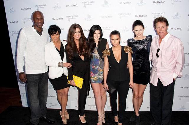 Kardashianowie podpisali umowę na kolejne odcinki show